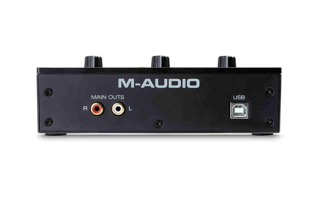 Tarjeta de audio M-Audio M-Track-Solo-panel posterior